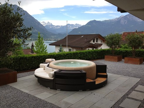 hot tub over looking the sea